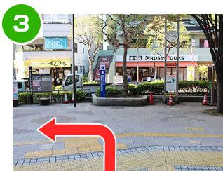 篠崎駅北口から外の様子
